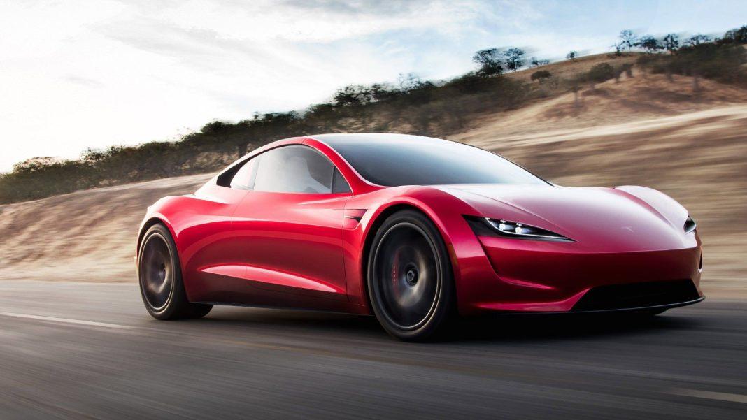 Tesla Roadster'ın Menzili 1000 Kilometrenin Üzerinde Olacak
