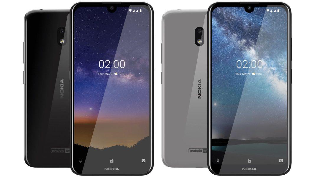 Nokia 2.2 siyah ve gri renklerini birleşik ön ve arka yüzleri